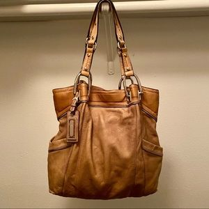 Authentic B.Makowsky large genuine leather tote!